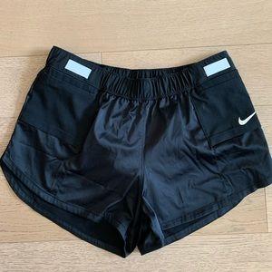 Nike Running Black shorts size medium. With liner